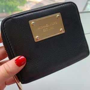Michael Kors Wallet (Black and Gold)